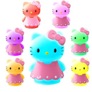 Lampe Hello Kitty qui change de couleurs